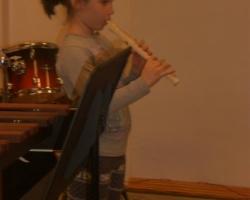 Zenei labirintussal egybekötött hangszerbemutató